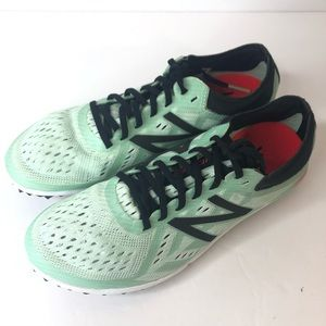 NEW BALANCE Women's Track & Field Sneakers NEW 6.5